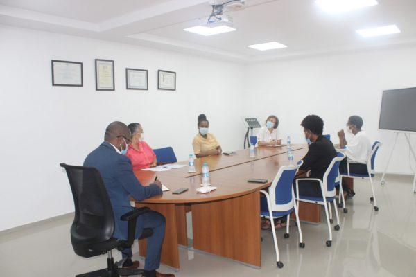 Presidente do IPC recebe Promotores da Petição pela Política Linguística