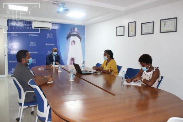 presidente-do-ipc-recebe-diretora-da-empresa-makaron
